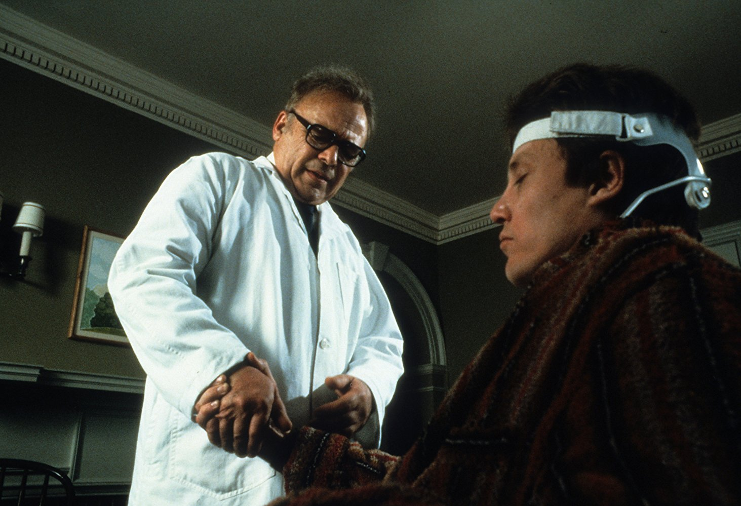 Dr. Sam Weizak