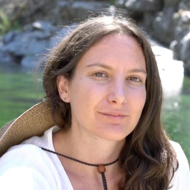 Julie Lipson