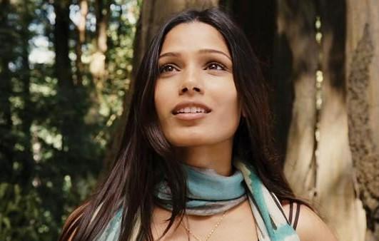 Caroline Aranha