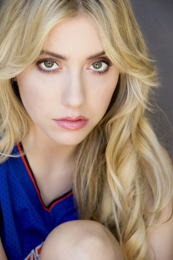 Liz Nicole Abrams