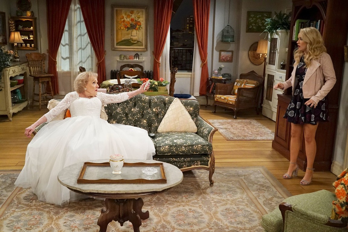 Young and Hungry - Season 5 Episode 02: Young & Valentine's Day