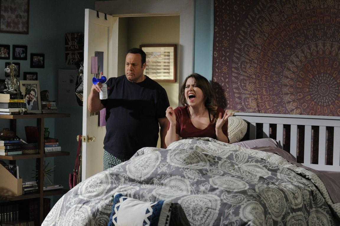 Kevin Can Wait - Season 1 Episode 09: The Power of Positive Drinking