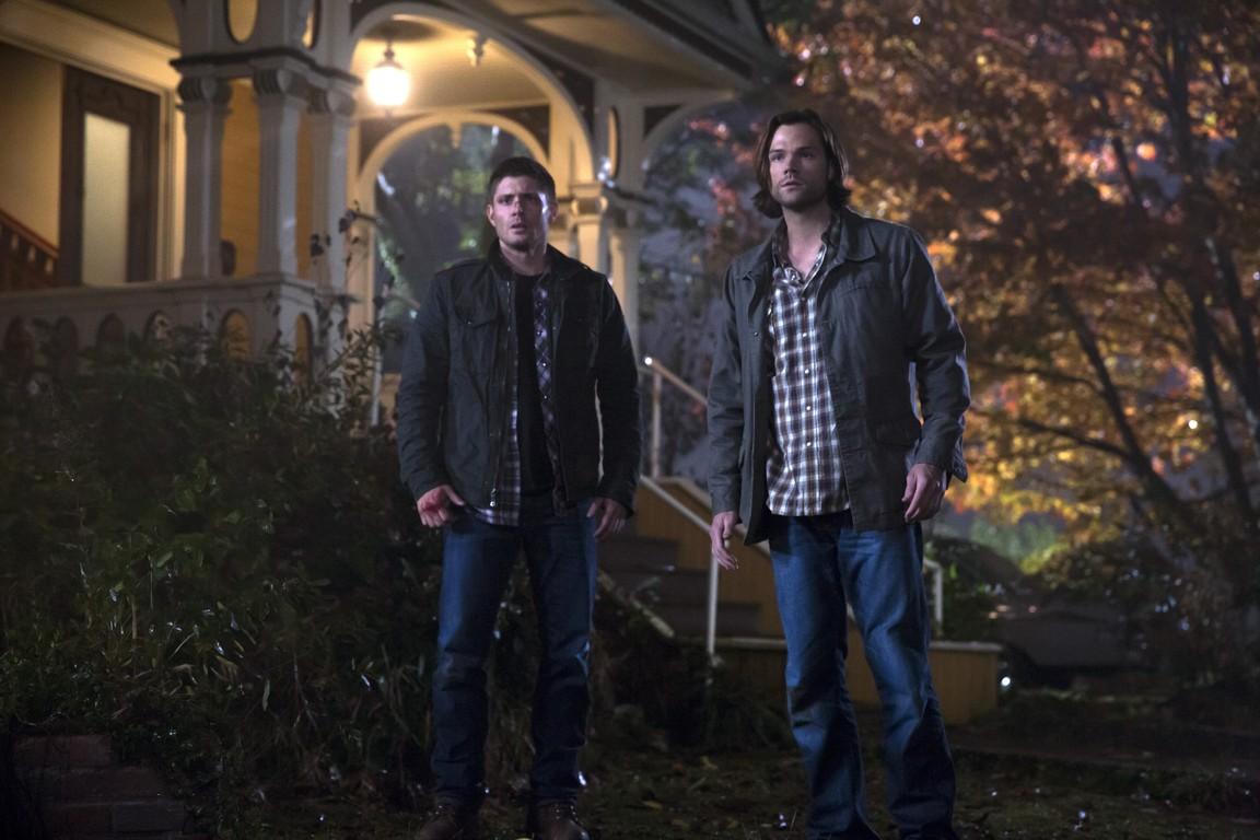 Supernatural - Season 10 Episode 11: There's No Place Like Home