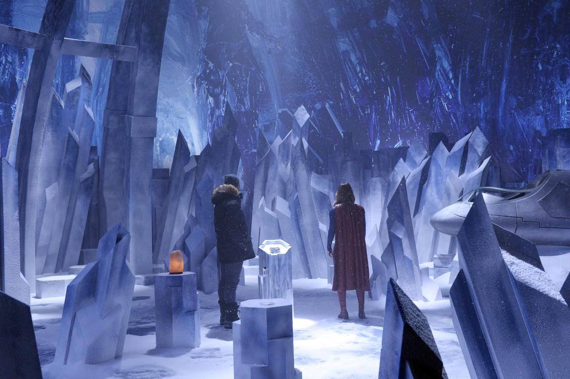 Supergirl - Season 1 Episode 15: Solitude
