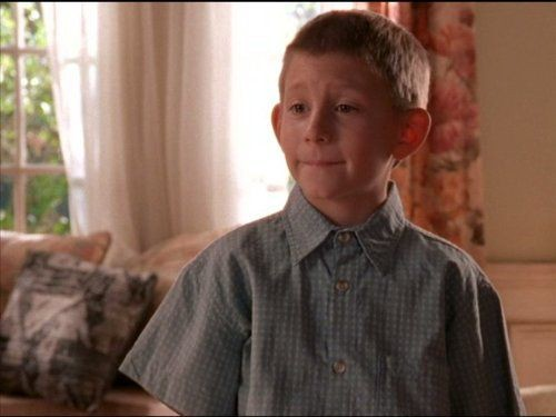 Malcolm in The Middle - Season 2 Episode 09: High School Play