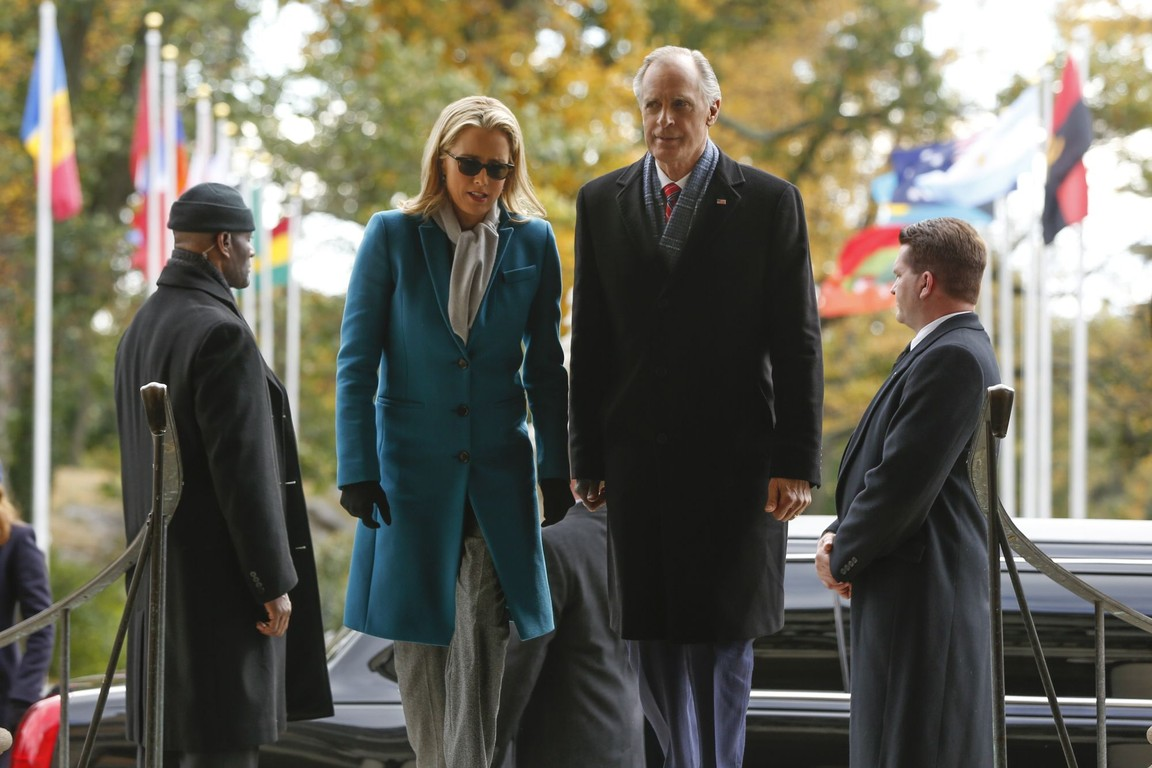 Madam Secretary - Season 3 Episode 10: The Race