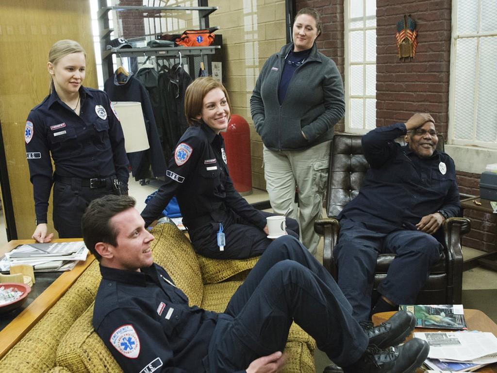 Sirens (2014) - Season 1 Episode 02: A Bitch Named Karma