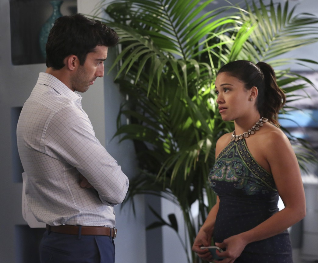 Jane The Virgin - Season 1 Episode 15: Chapter Fifteen