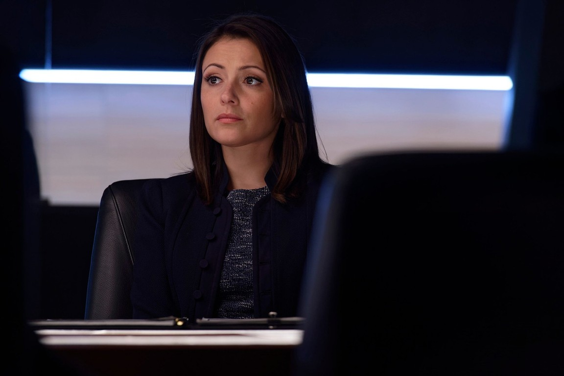 Designated Survivor - Season 1 Episode 14: Commander-in-Chief