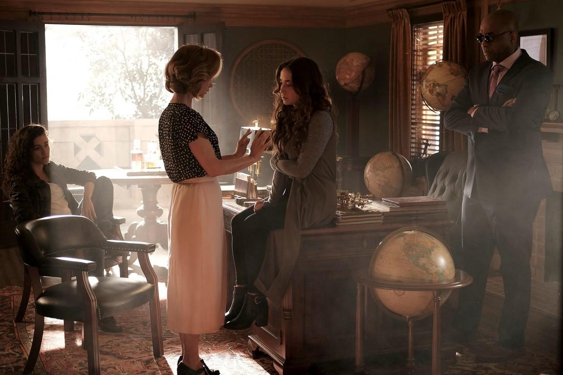 The Magicians - Season 2 Episode 07: Plan B