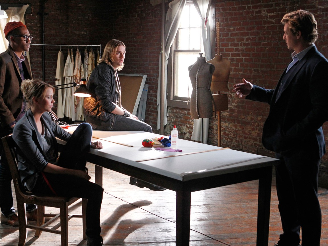 The Mentalist - Season 4 Episode 13 : Red Is The New Black
