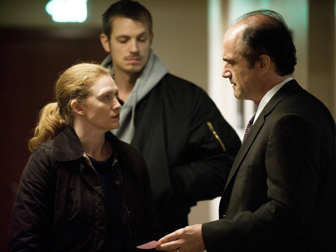 The Killing - Season 3 Episode 06: Eminent Domain