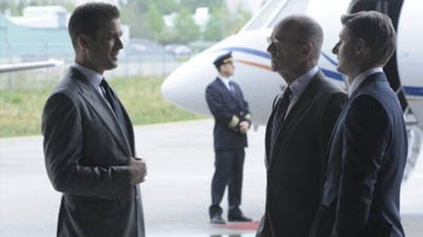 Suits - Season 2 Episode 04: Discovery