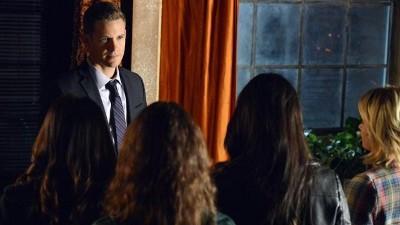 Pretty Little Liars - Season 3