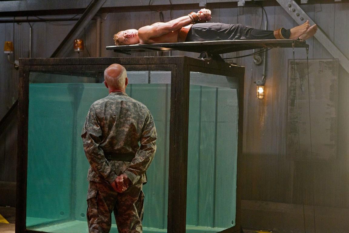 Smallville - Season 10 Episode 09: Patriot