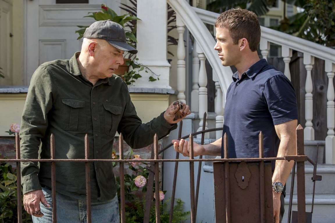 NCIS: New Orleans- Season 2 Episode 21: Collateral Damage