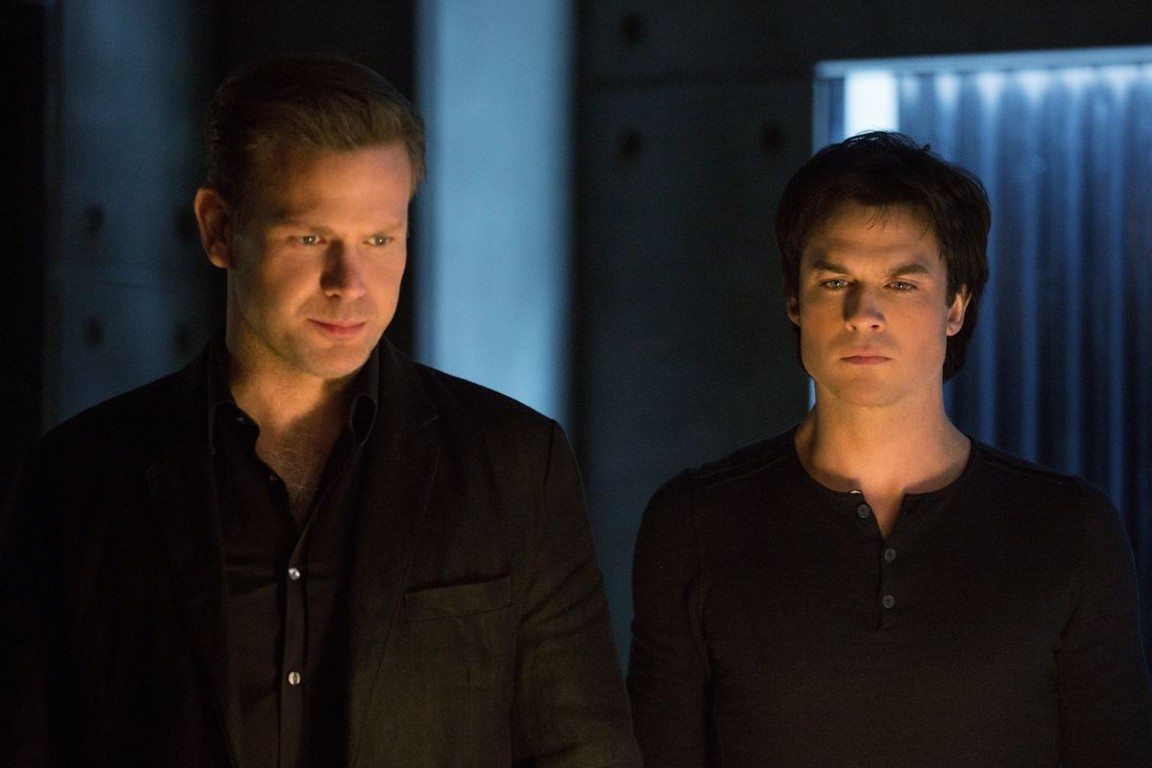 The Vampire Diaries - Season 8 Episode 12: What Are You?