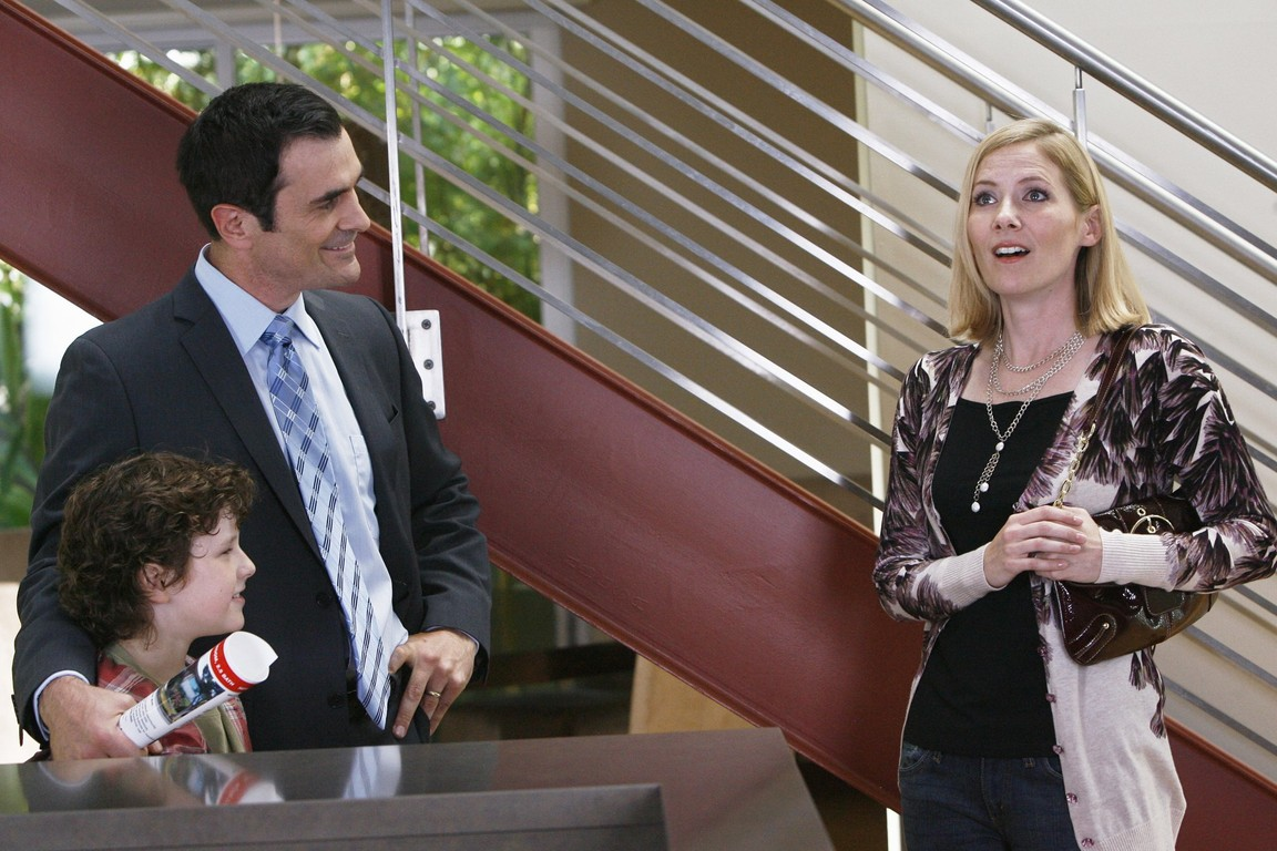 Modern Family - Season 1 Episode 07: En Garde
