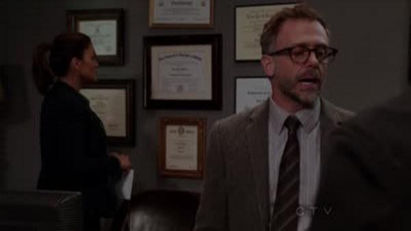 Law & Order: Special Victims Unit - Season 13 Episode 22: Strange Beauty