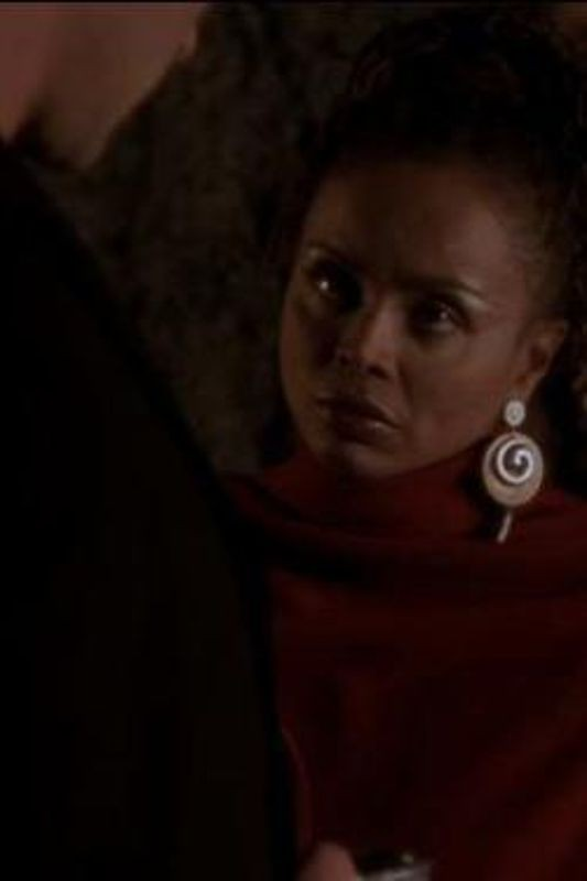 Charmed - Season 4 Episode 16: The Fifth Halliwheel