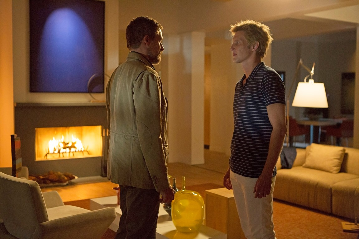 Revenge - Season 4 Episode 05: Repercussions