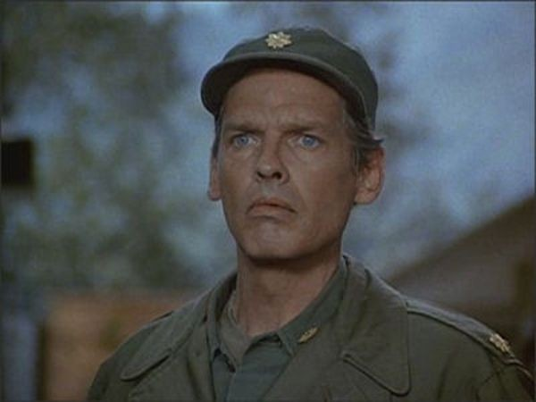 M*A*S*H - Season 10 Episode 03: Rumor at the Top