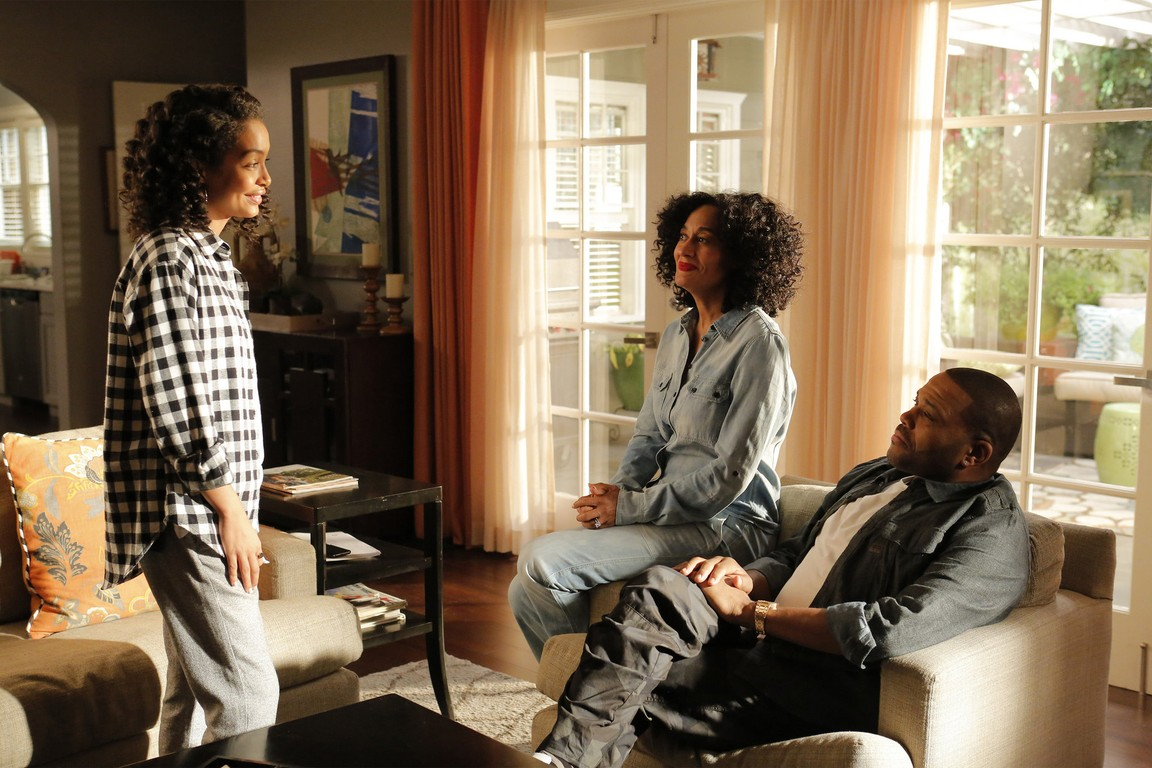 Black-ish - Season 1 Episode 21: The Peer-ent Trap