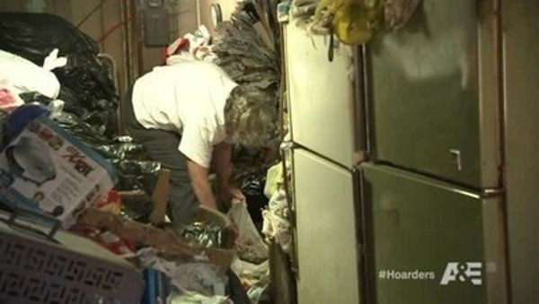 Hoarders - Season 5 Episode 03: Mary/Annie
